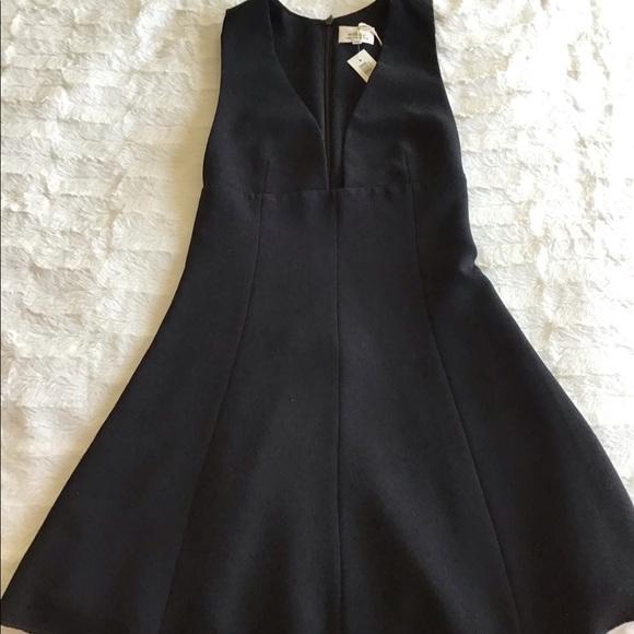 Aritzia Dresses & Skirts - Black montburn dress 00